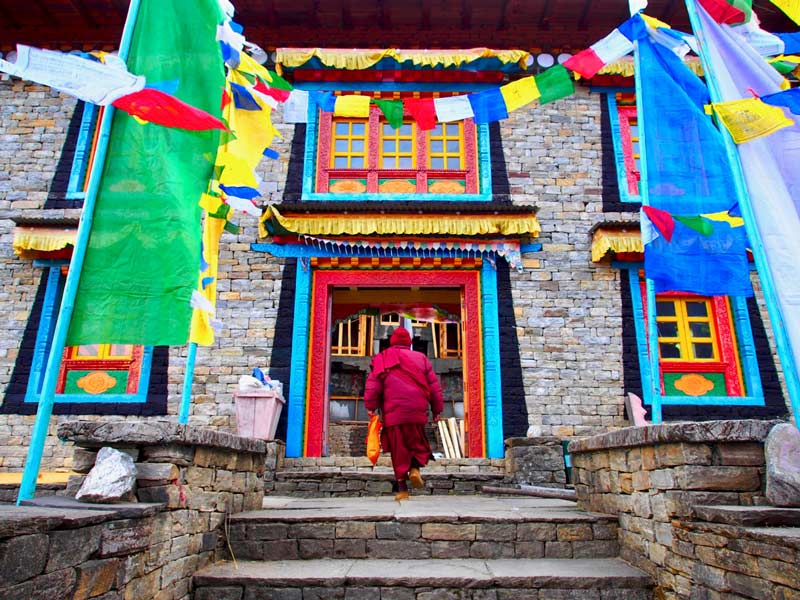 Begin in Kathamandu Himalaya trekking