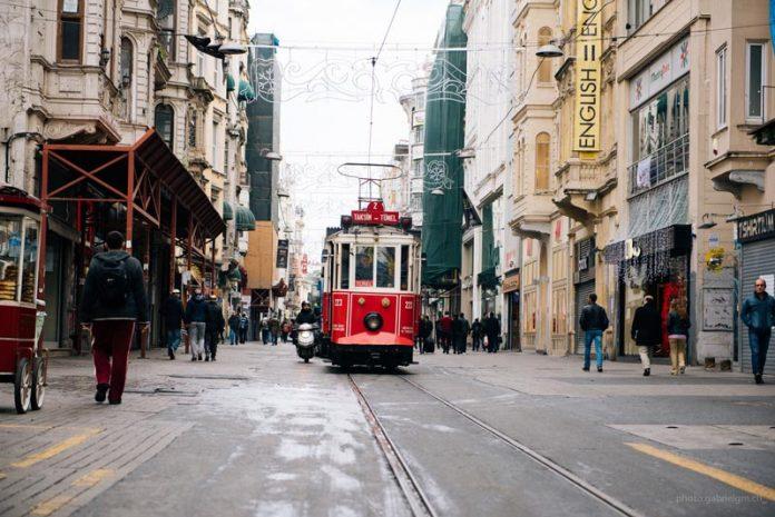 Istiklal Cadess hippe winkelstraat Istanbul reizen