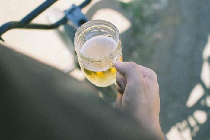 Lille Frankrijk Bier drinken