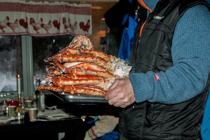 Noorderlicht Noorwegen King crab vangen en eten