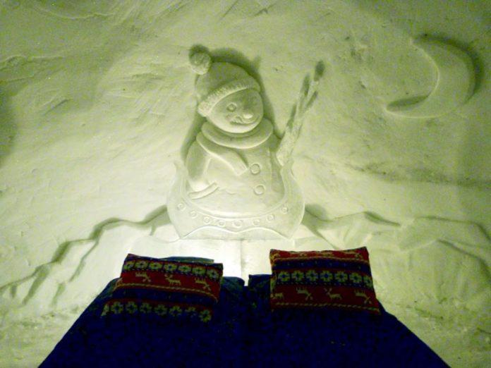 Noorderlicht Noorwegen ijshotel slapen ijskou