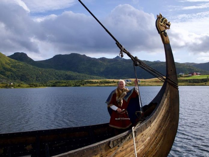 Noorderlicht Noorwegen Vikingschip