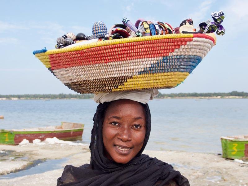Senegal vakantie vrouw roze meer