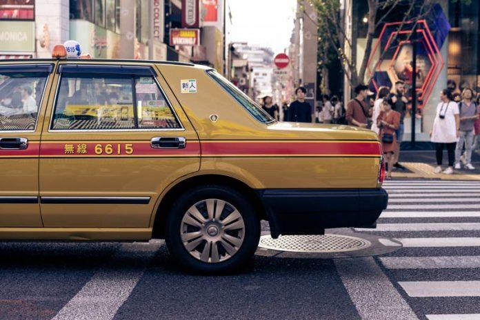 Taxi nemen tijdens Stedentrip Tokyo