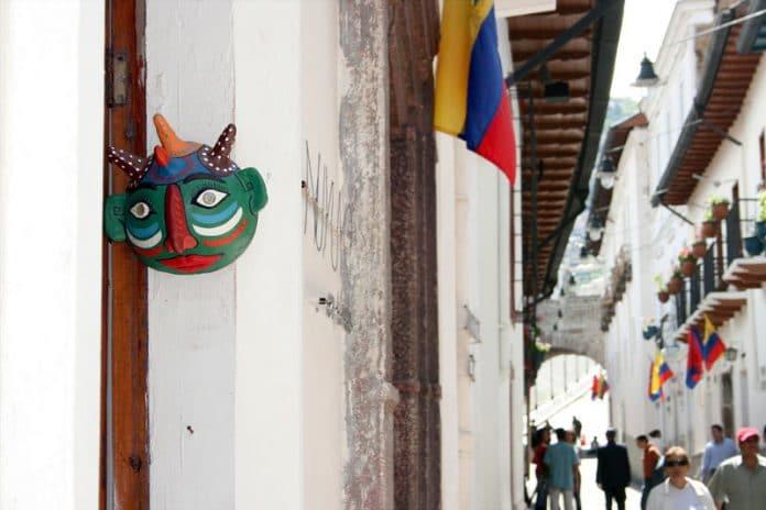 straatarm ecuador Equador bezienswaardigheden