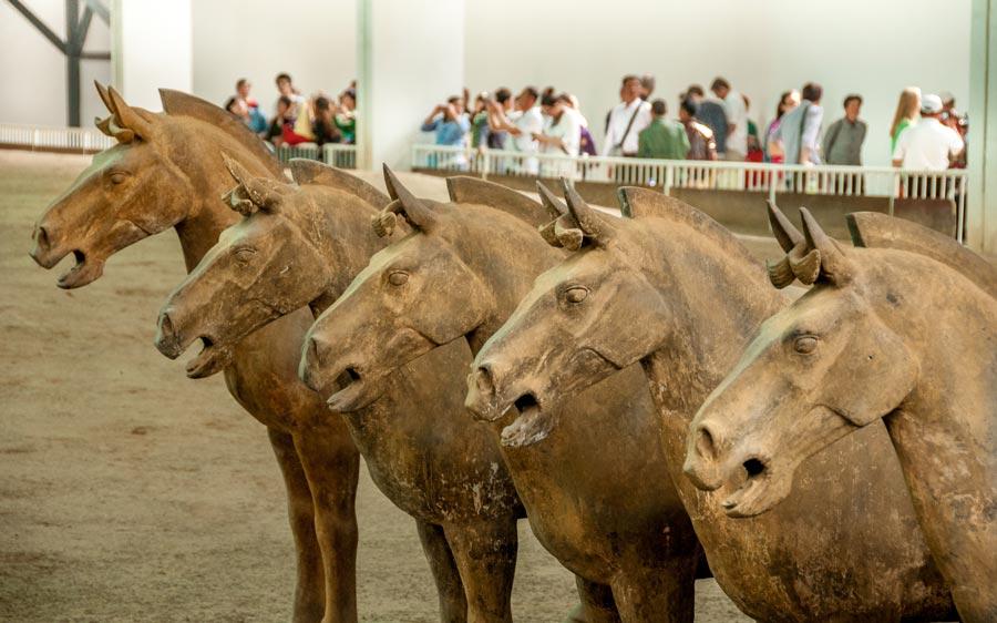 kleien paarden terracottaleger